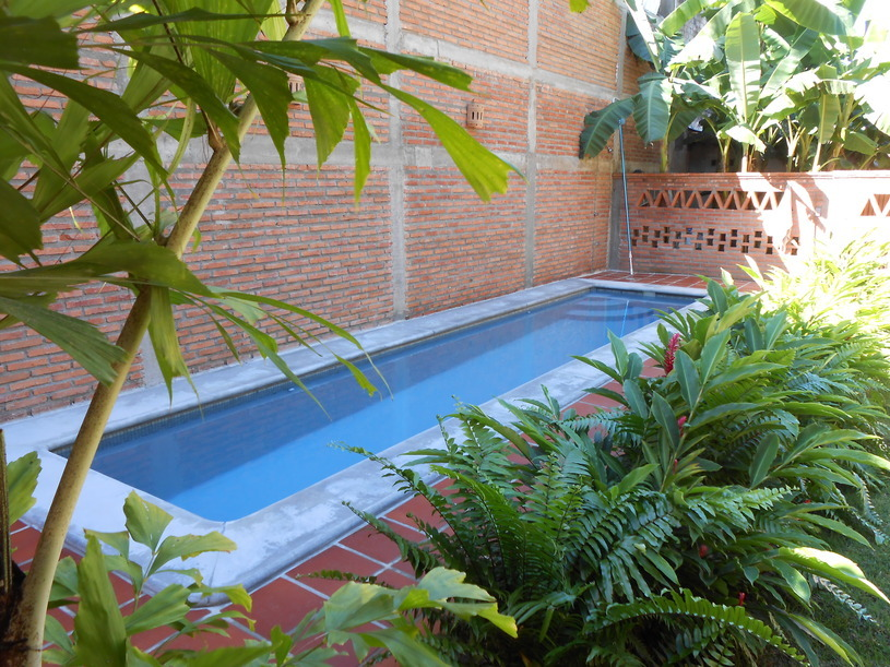 garden swimming pool at san pancho vacation rental